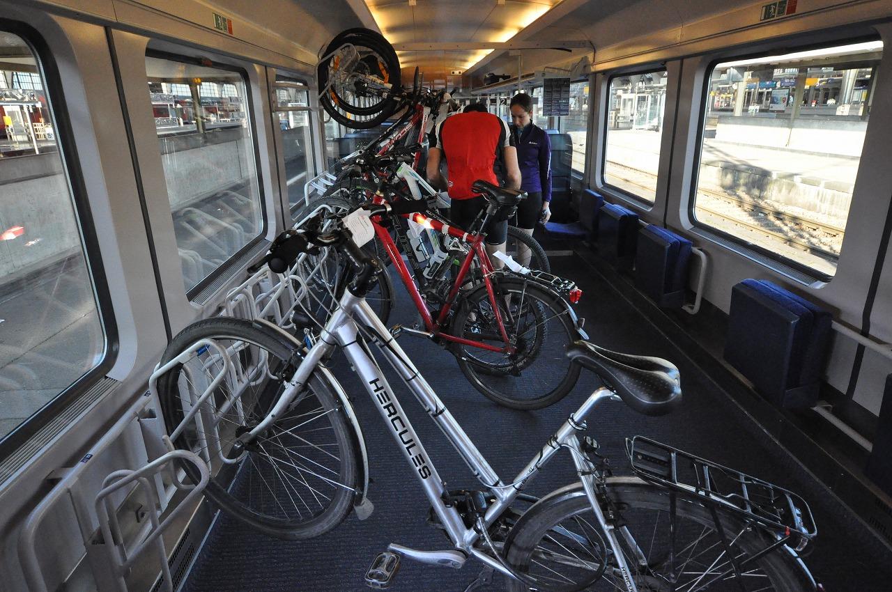 ドイツ 節約 自転車 電車 倹約